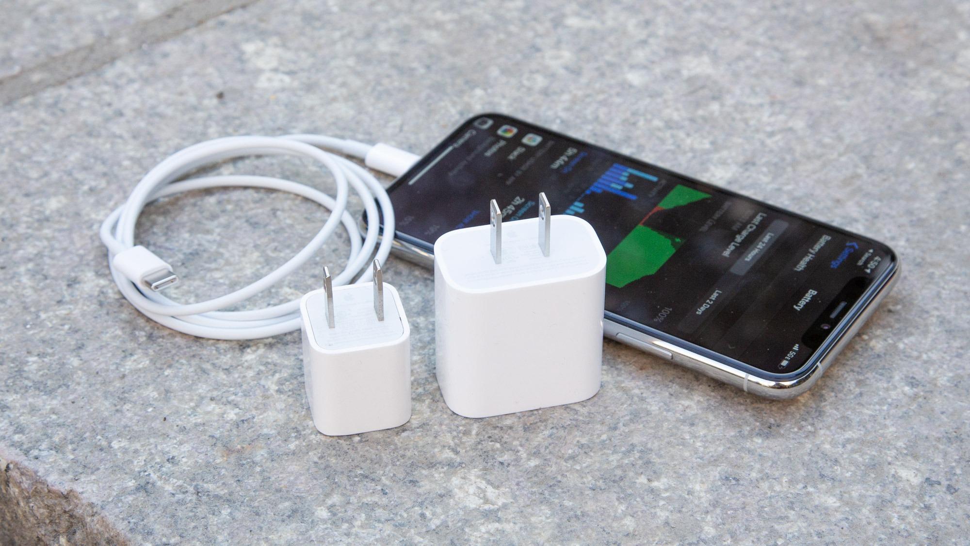 Migliori Caricabatterie IPhone 12 - Ecco la Lista Completa